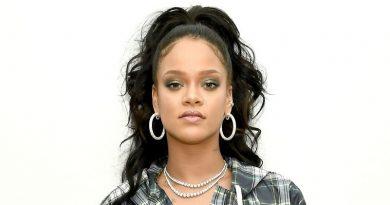 Rihanna-Fenty fashion