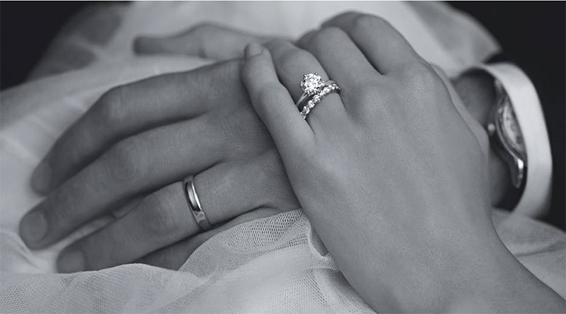 picture of priscilla presley wedding ring